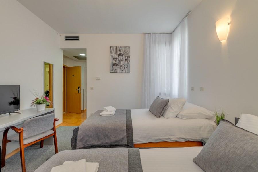 Classic Suite, Hotel Pax 14